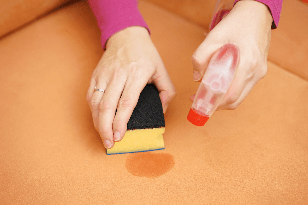 how to remove dirt stains from the sofa